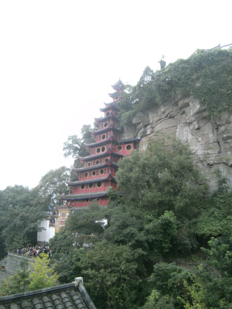 Kenwood Travel tour of China takes in Shibaozhai temple