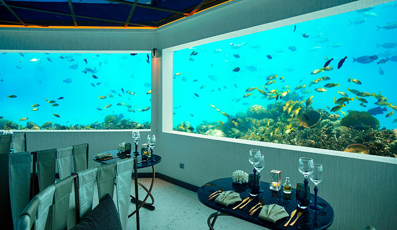 Underwater dining at OZEN by Atmosphere