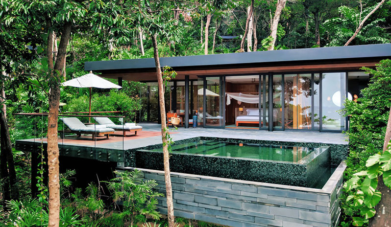 Sliding doors… the boundaries between outside and in are blurred at Six Senses Krabey Island