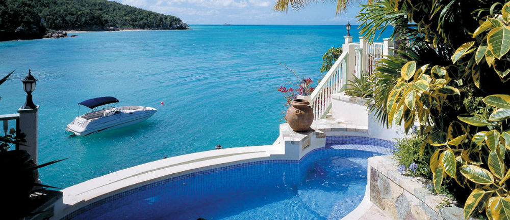 Plunge Pool in Blue Waters' Rock Cottage