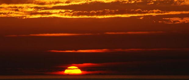 Sunset_Holiday
