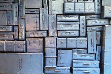 luggage-970280_1920