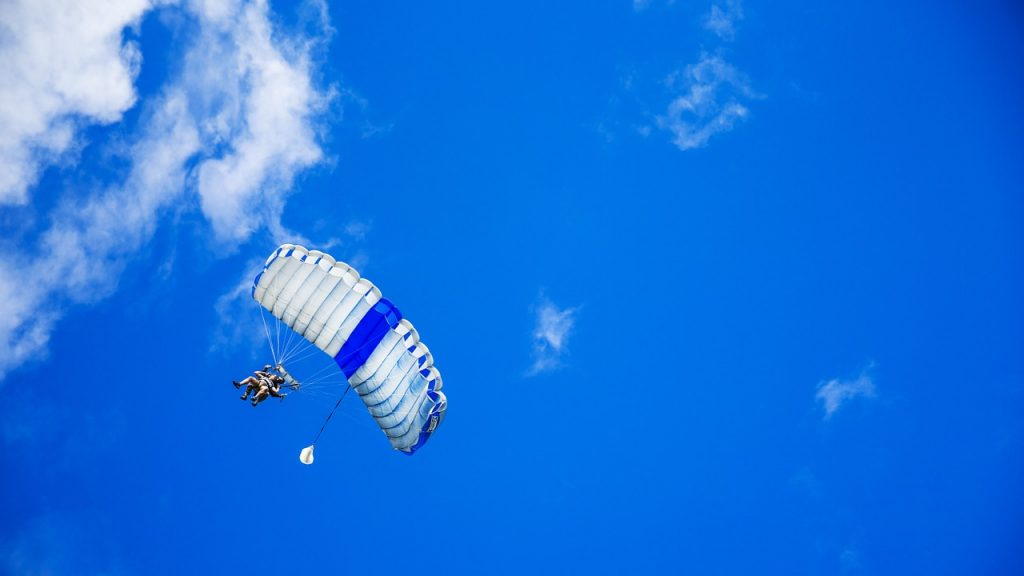 Try skydiving in Orlando